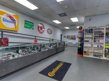 Palm Beach Garage 24